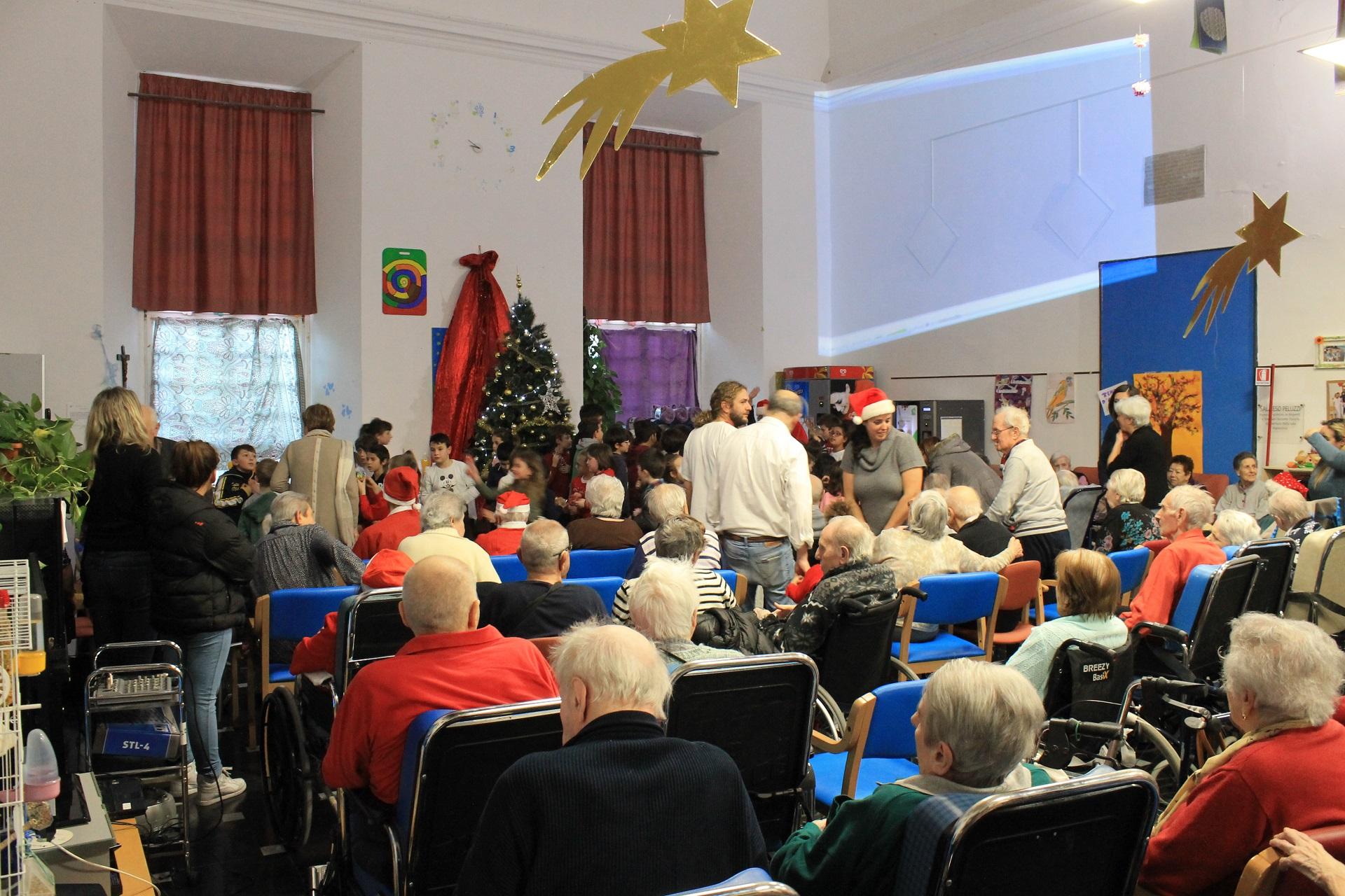 Festa di Natale Residenza Sanitaria Assistenziale del Santuario | Opere Sociali Servizi Savona
