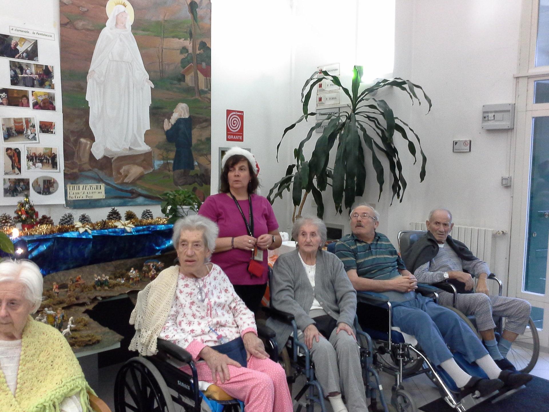 Festa di Natale Residenza Sanitaria Assistenziale Villa Noceti del Santuario | Opere Sociali Servizi Savona