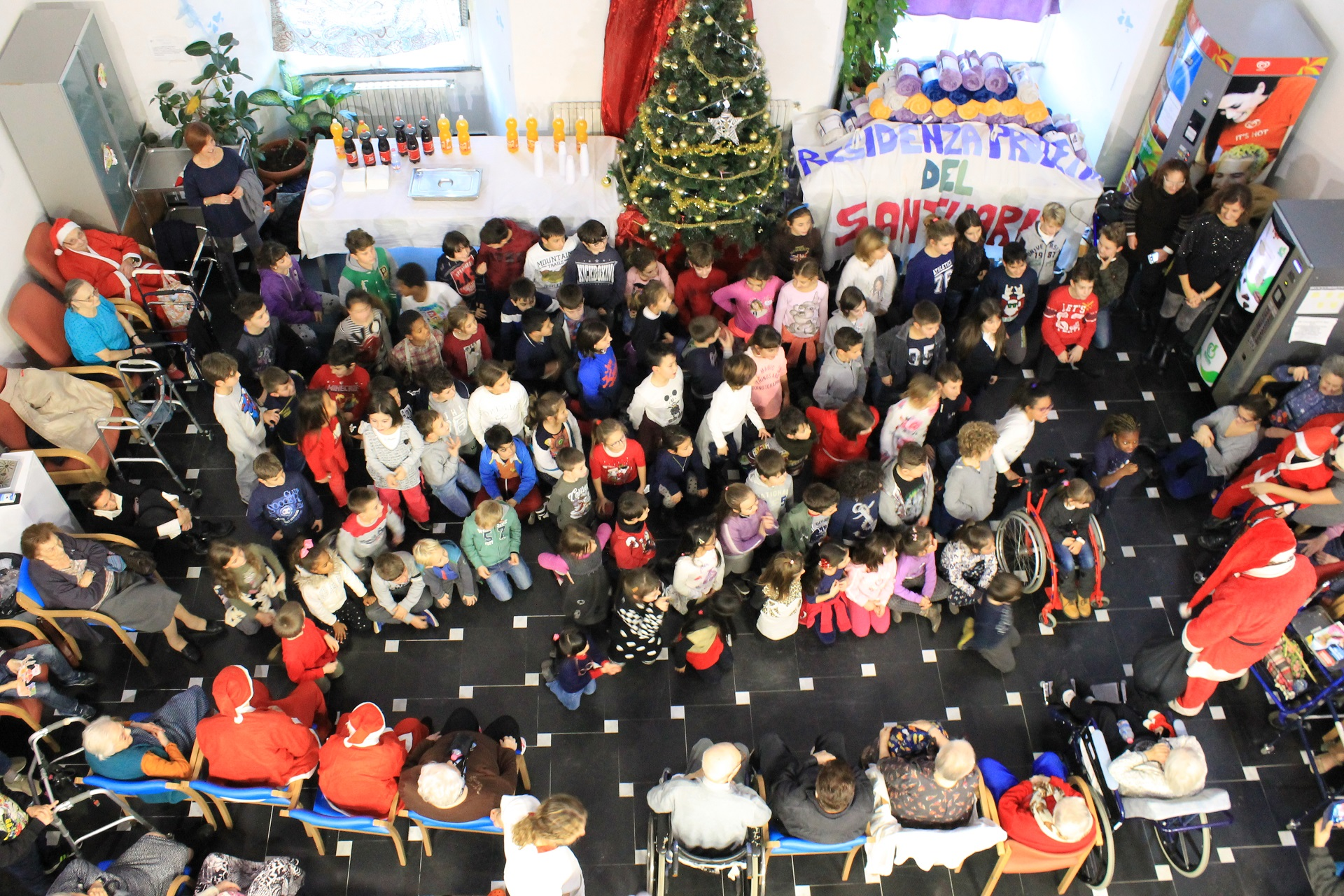 Residenza Sanitaria Santuario Savona - Festa Natale 2016