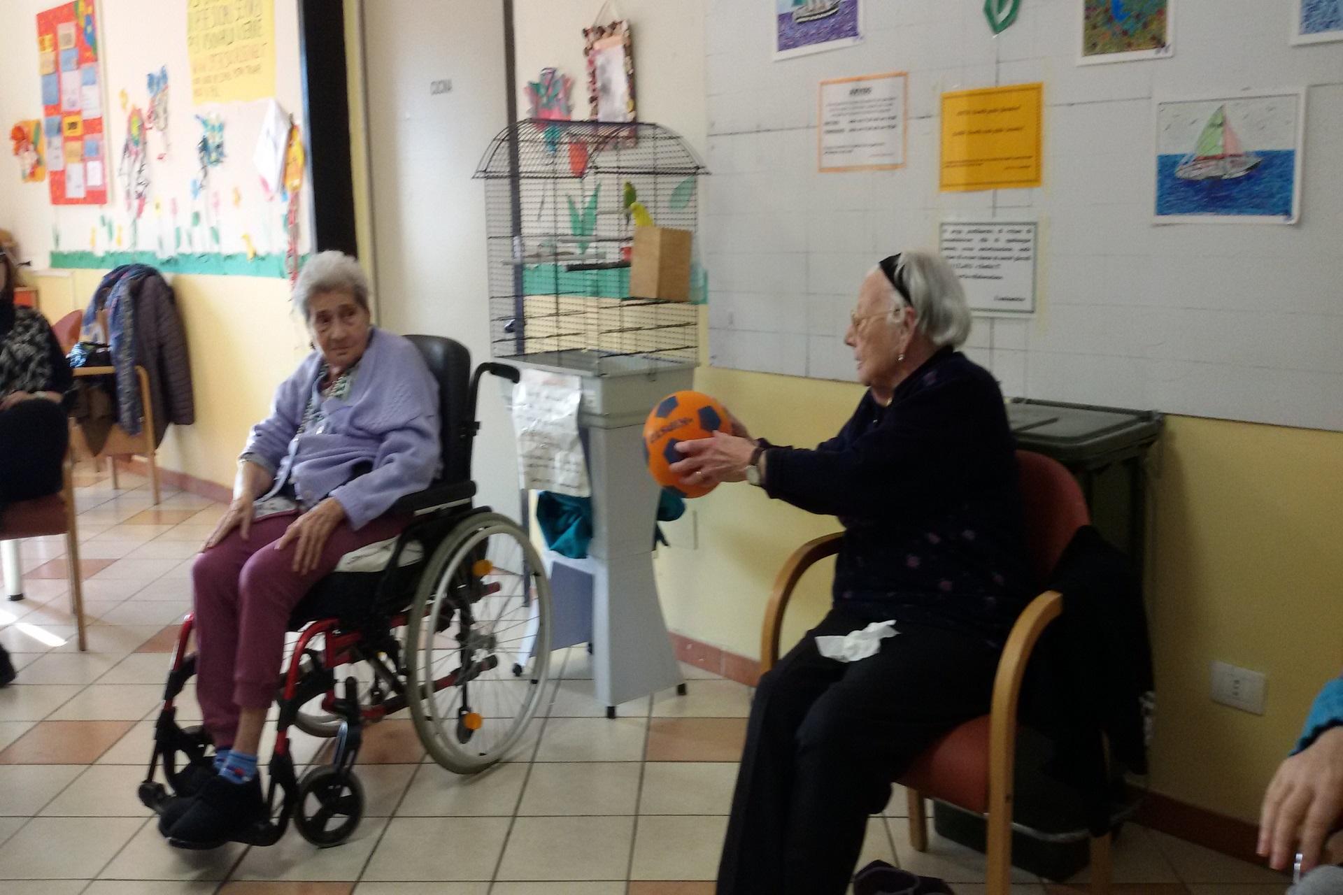 Fisio Animazione e Ginnastica di Gruppo Residenza Sanitaria Assistenziale Santuario | Opere Sociali Servizi Savona