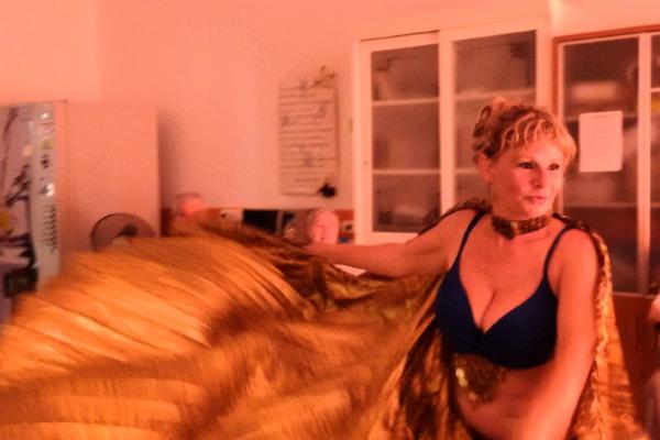 Danza e ballo del ventre Residenza Sanitaria Assistenziale Santuario - Opere Sociali Servizi Savona